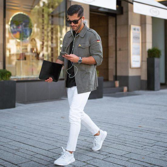 白スニーカー ファッション
