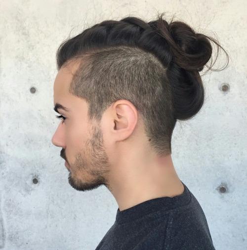 マンバン 髪型