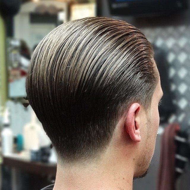 スリックバック 髪型