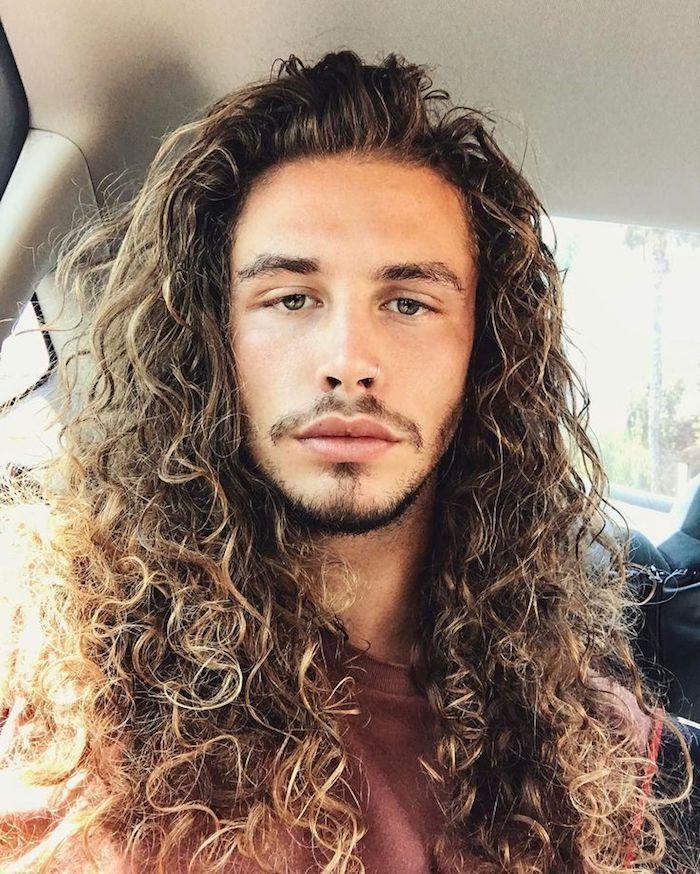 男の長髪 画像
